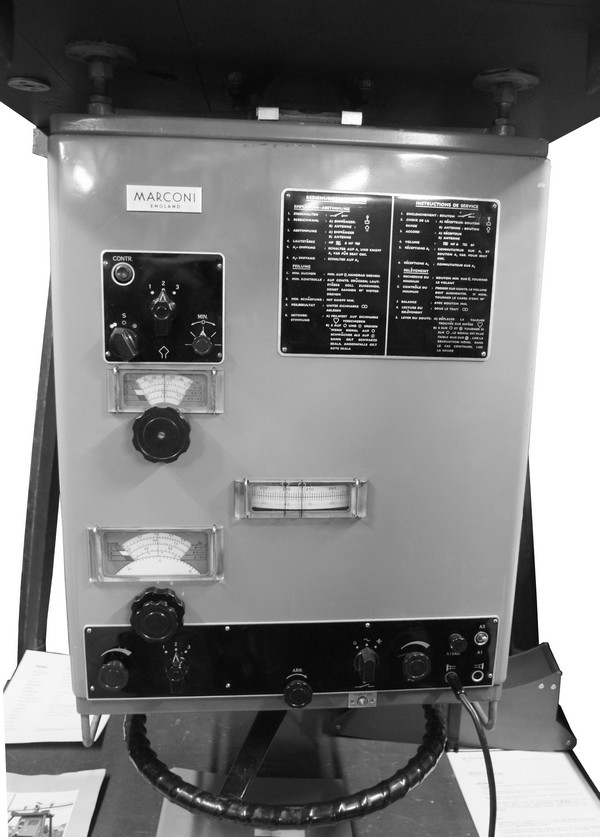 Doppelrahmen - Peilanlage P-711/m / Marconi DFg 29