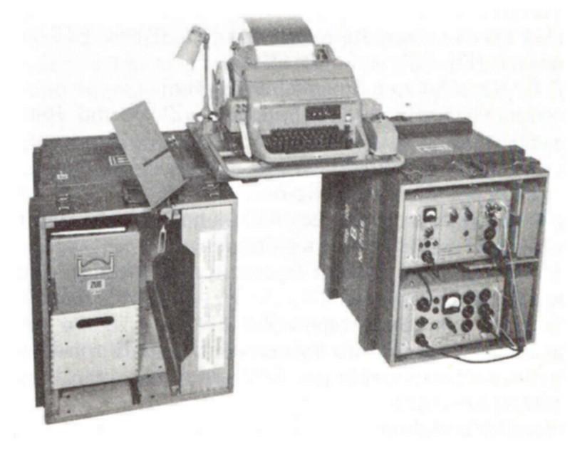 Siemens Blattfernschreiber Stg 100 / Teleprinter Stg 100